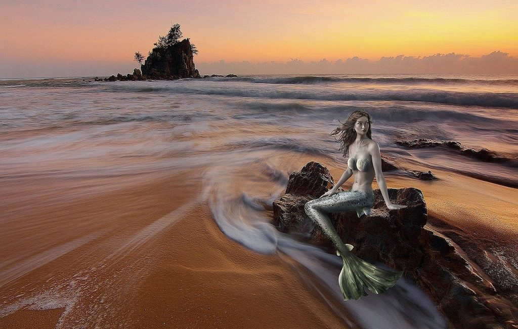 AndyFaeth@pixabay.com - mermaid-2494555_1280.jpg